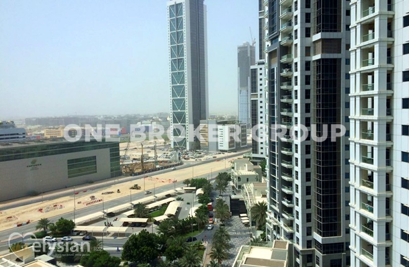 Huge 3 BR +M, Fully Upgraded, Exec Tower