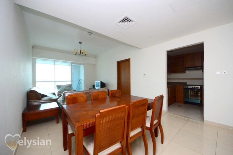 2BR Flat in Tamweel Tower with Sea View