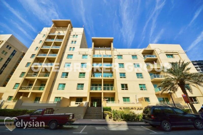 ROI 7.6% | Pool View | Vacant March | 2BR