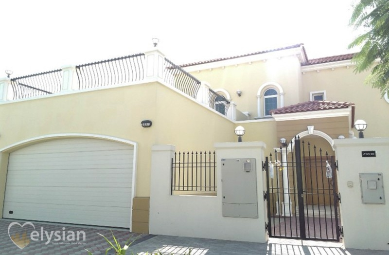 Legacy 4BR, Small, Single Row, Vacant