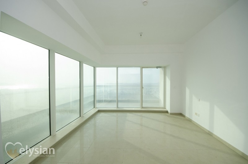 Beautiful 2BR | Sea View | Emirates Crown