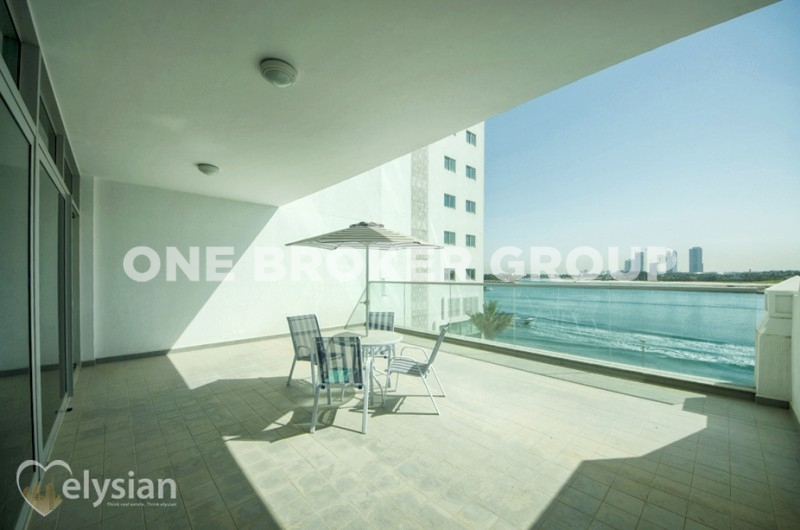 1 BR | Full Sea View | w/access to Beach