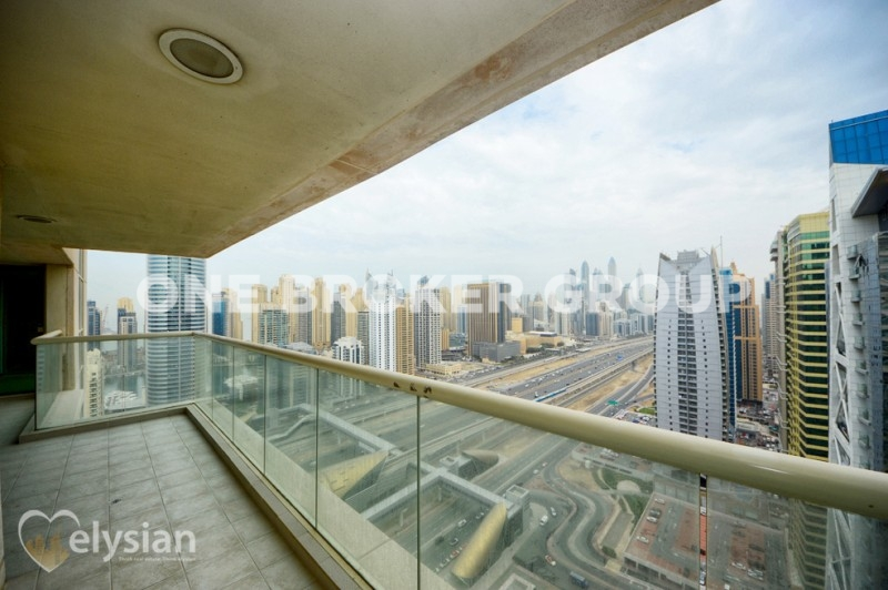 Spacious 3BR | Great views | High floor |