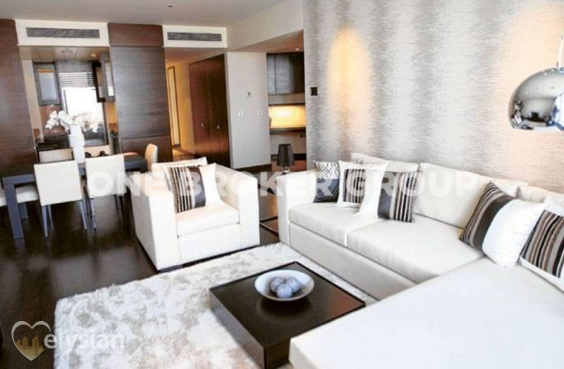 Spectacular 1BR | Vacant | Fountain View