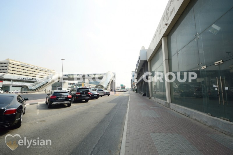 2 Units | Fitted Showrooms| Airport Road