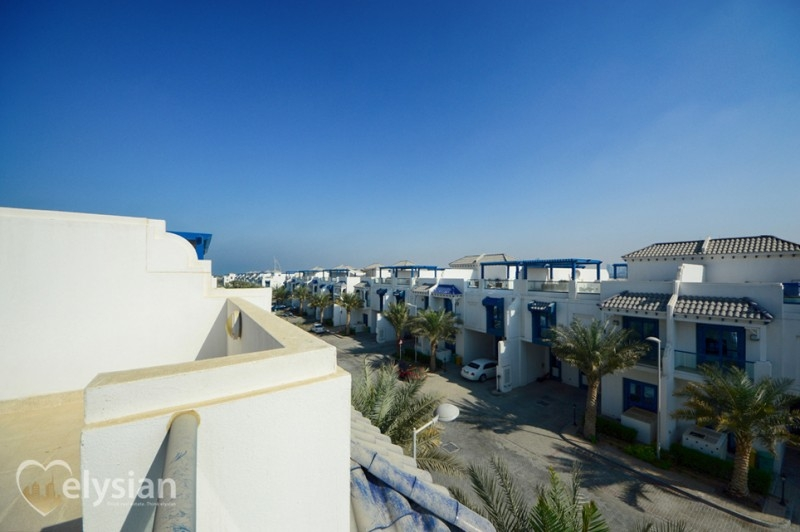 Brand New 5BR | VACANT | Beach Access