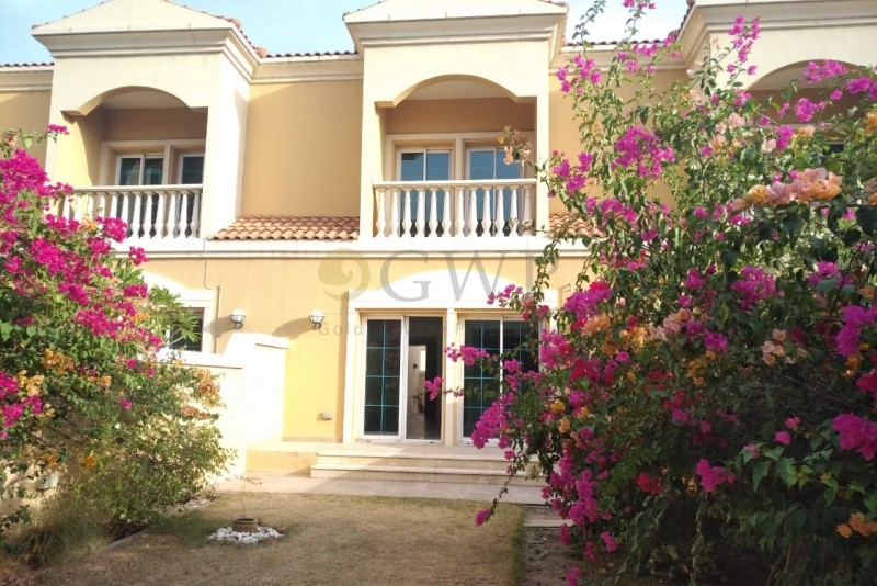 pay-monthly-spacious-private-garden