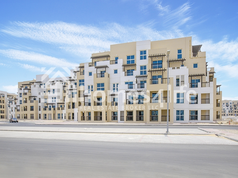 Spacious|Best Layout|Close to Oasis Mall