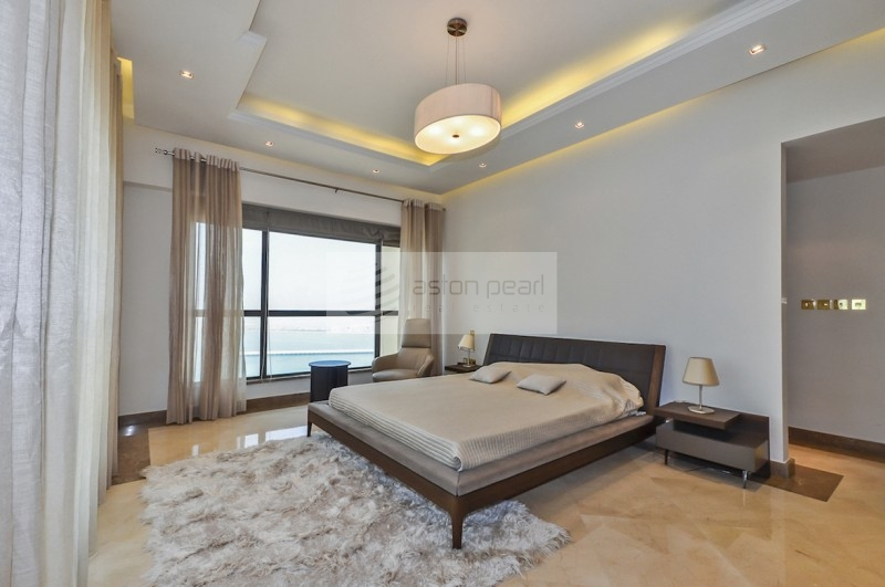 SEA VIEW 4BR | Upgraded and Roche Boboise Finished