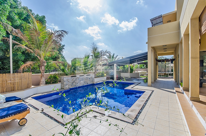 Quiet Location, Great Condition with Private Pool