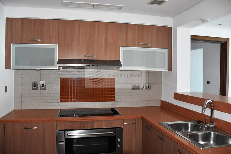 High floor C-type 2br+m with Partial sea view