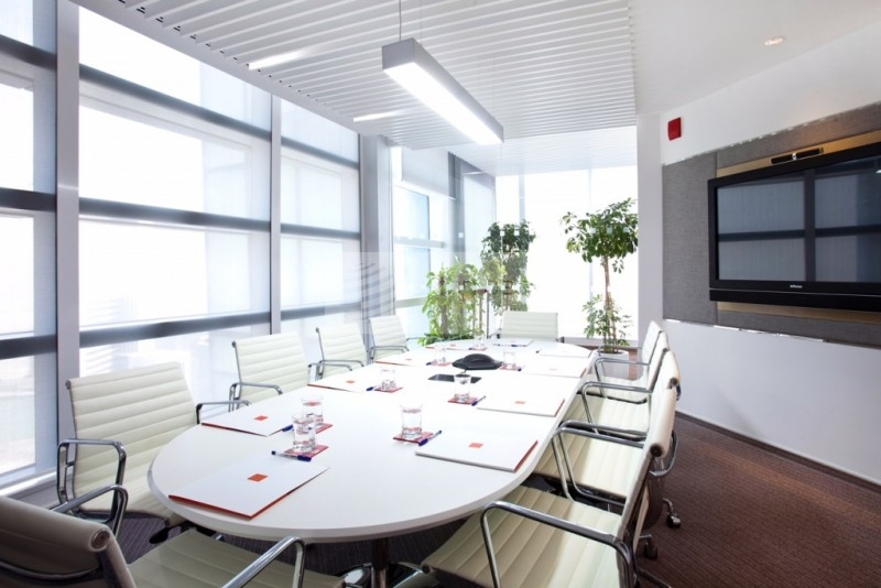 Full Floor  Office  with  Panoramic View
