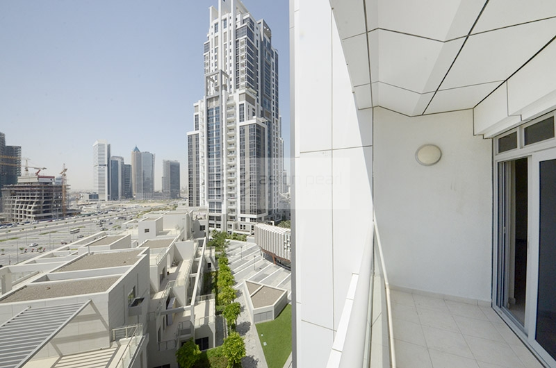 Huge 3 BR Ensuite with Partial Burj View