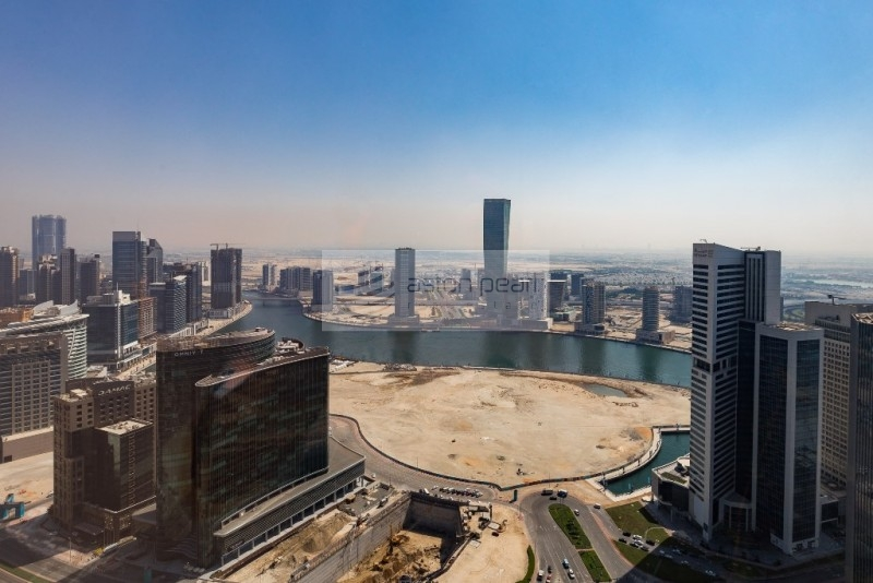 Full Floor Office   Burj and Canal Views