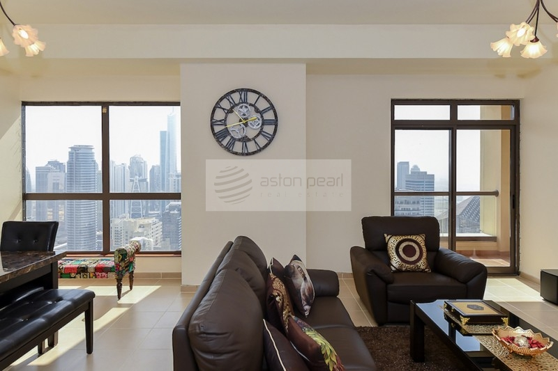 High Floor 2BR with Panoramic Marina View