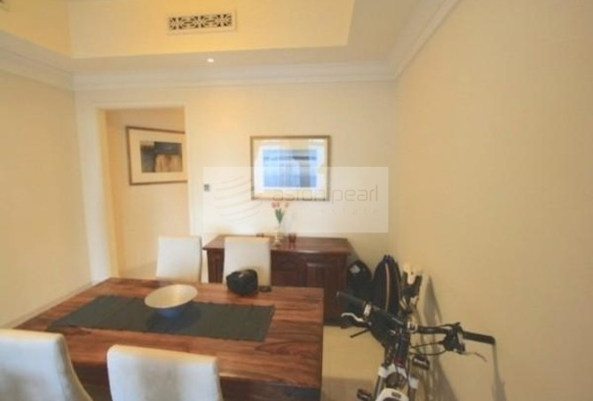 Beautiful 3 Bed Ensuite with Balcony in Old Town