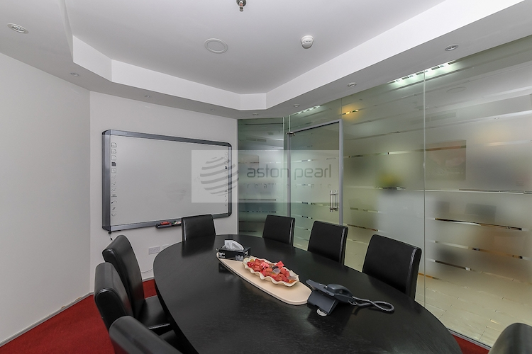 Furnished   Excellent Fitout   Ready to Move in