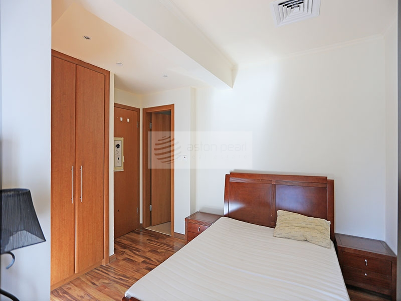 Spacious 1BR, Fully Furnished near Metro