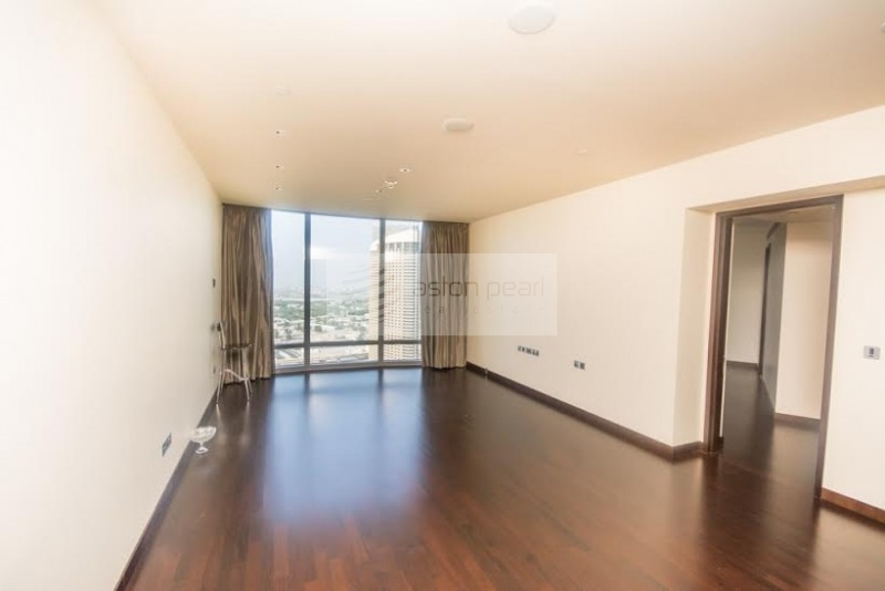 Full Fountain View | 2 BR on High Floor