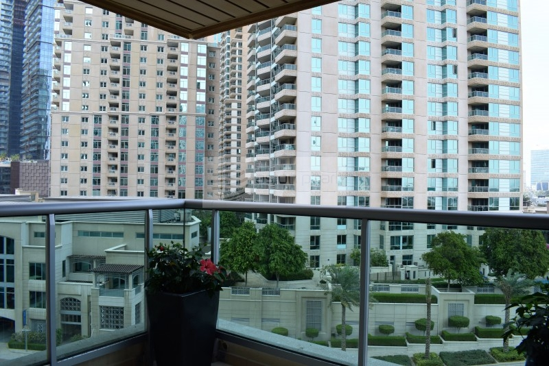 Vacant 1 Bed Plus Study in Al Mesk Tower