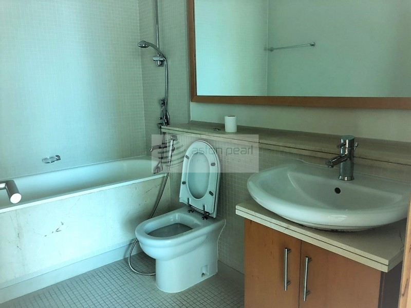 Vacant, Bright 2 Bedroom, DELPHINE TOWER