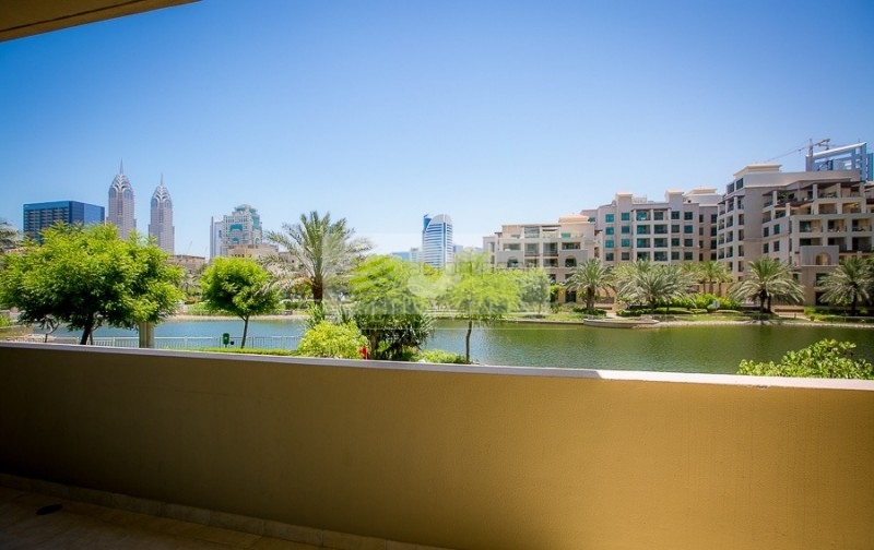 1 Bed  - Canal View - Vacant - 1 Parking