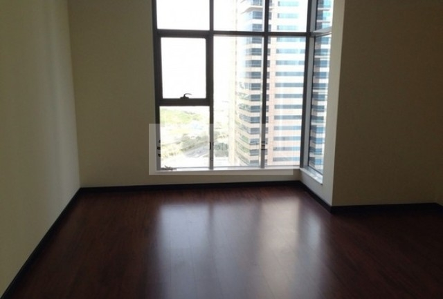 Huge One Bed | Full Lake Vew | Mid Floor