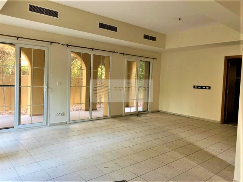 With Pool | Vacant Type 3E |3 BR + Study