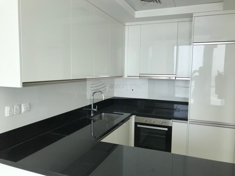 Brand New 2 Bed in Luxurious Development