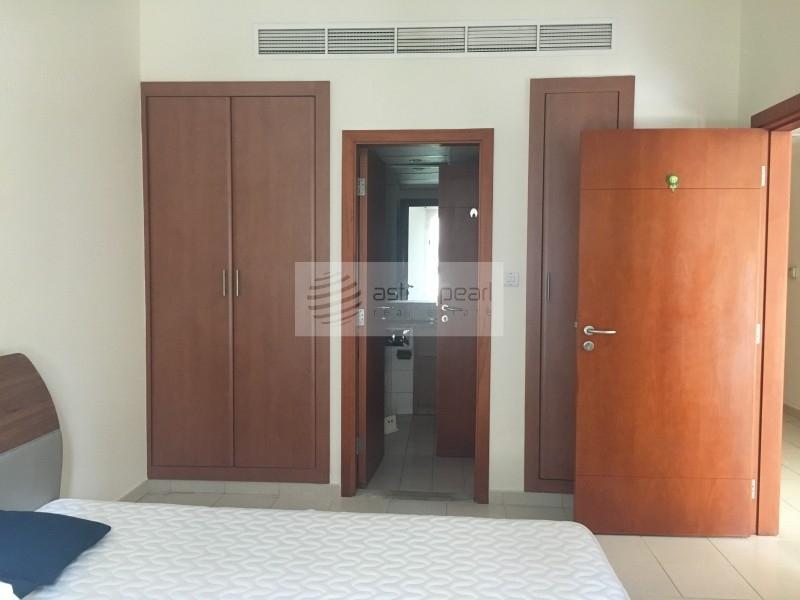 Lovely Furnished 1 Bedroom On High Floor