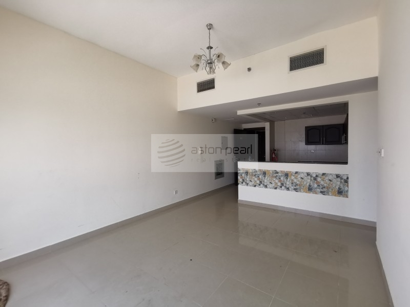 Exclusive, Vacant, Chiller Free, 1BR