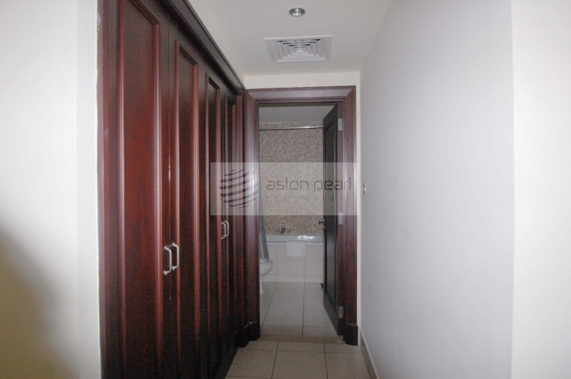 Furnished 2BR with Fitted Kitchen, Vacant