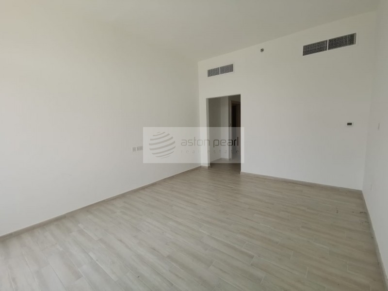 High Quality, Brand New, 2BR, Vacant on Transfer