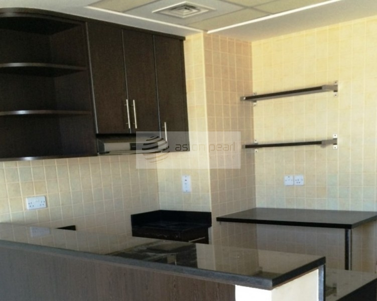 Beautiful Ritz Residence Studio | Monthly Cheques