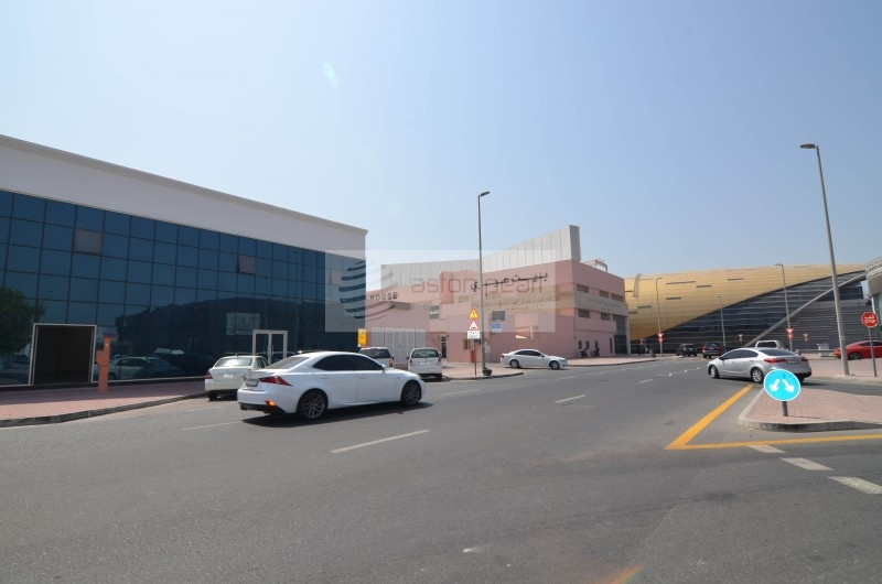 Al Quoz Ind. 1 - 2 SHOWROOM / WAREHOUSE / OFFICE