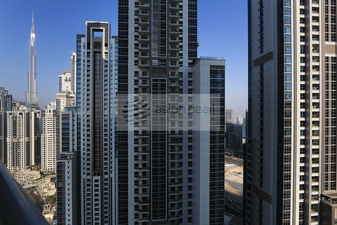 Spacious 2BR with Big Balcony, Burj view