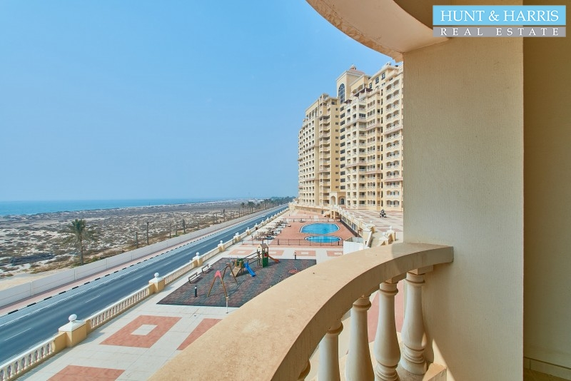 full-sea-view-ready-to-move-in-furnished