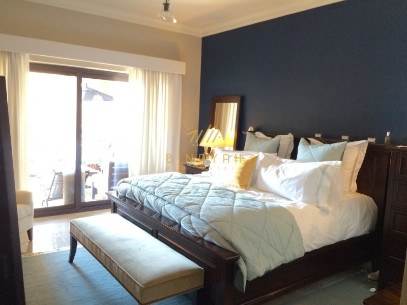 Seafront 2 bed apartment in Fairmont Palm