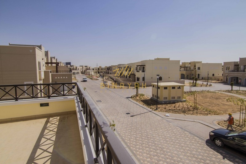 Amazing 4 Bedroom Townhouse for Sale in Mudon