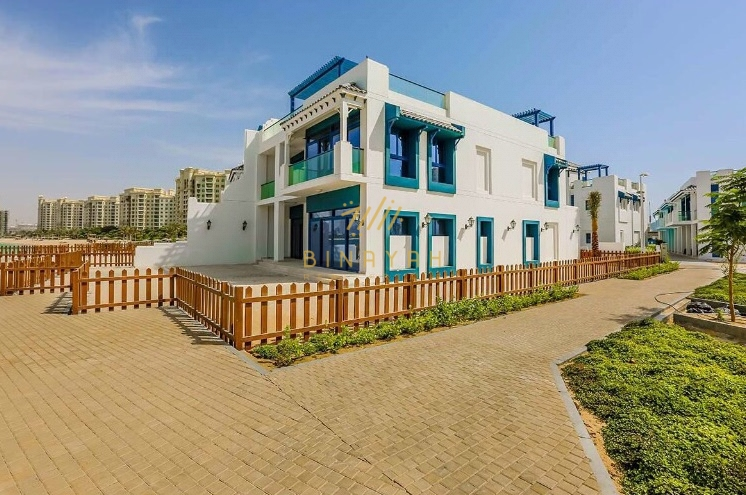 Marvelous 5 bedroom Villa with stunning Sea view