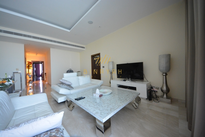 Gorgeous 3 Bedroom Beachfront Apartment