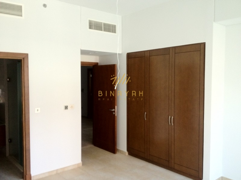 Bright and Cozy2Br for Sale in Marina residence