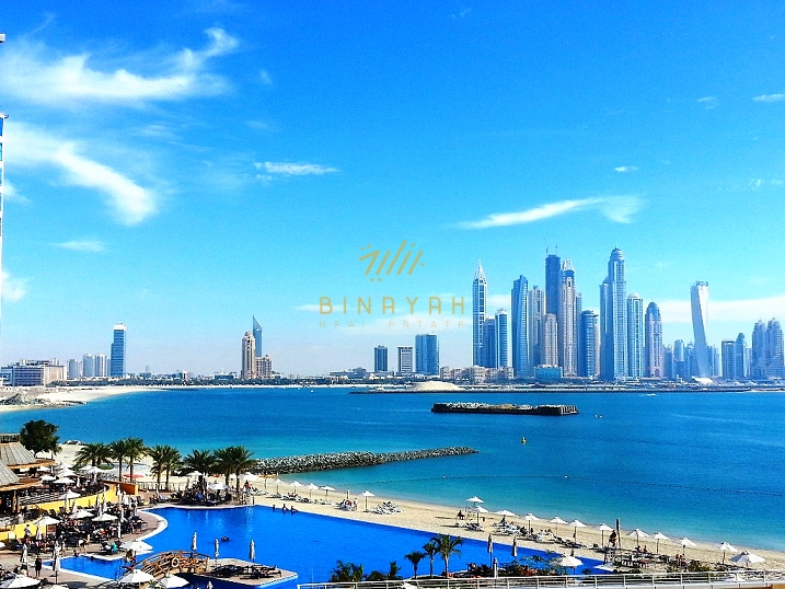 Stunning 1 bedroom seafront apartment