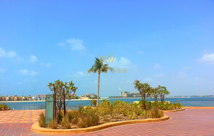 Most exclusive 3 bedroom seafront apartment