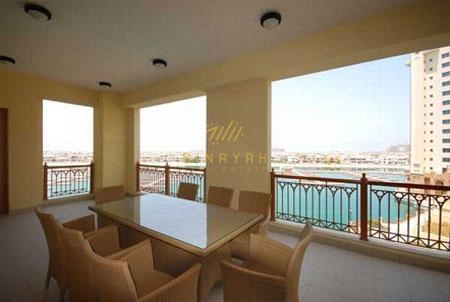 Amazing seafront 3 Bedroom Apartment