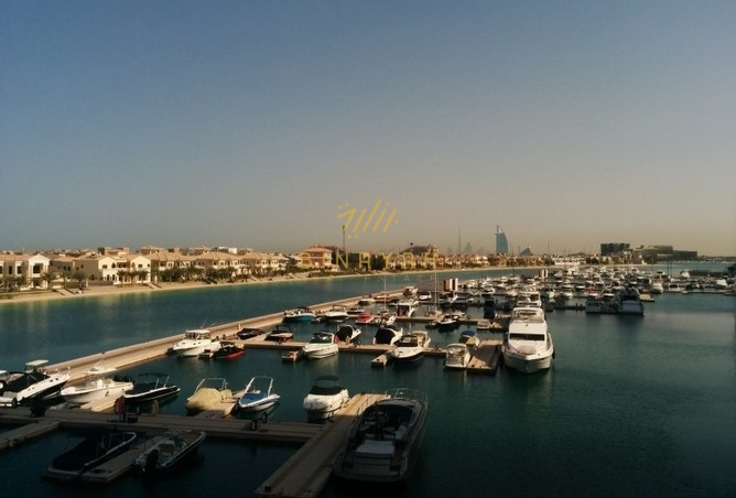 Seafront studio apartment at Palm Views