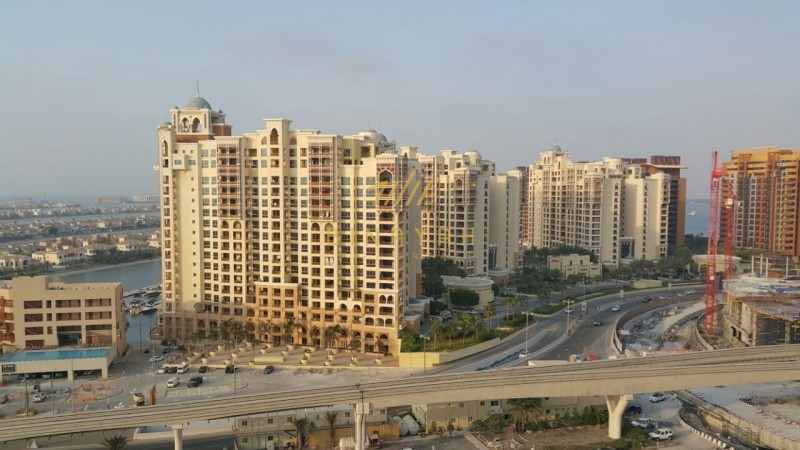 3 Bed Apartment in Marina Residence for Sale
