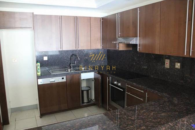 1 Bedroom Apartment with Palm View in Fairmont Residence