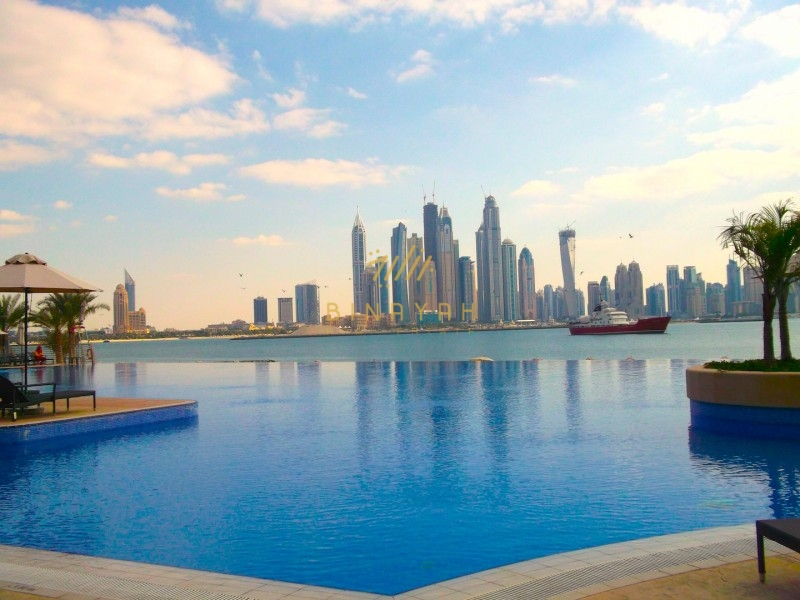 Beautiful 3 bedroom waterfront apartment for rent
