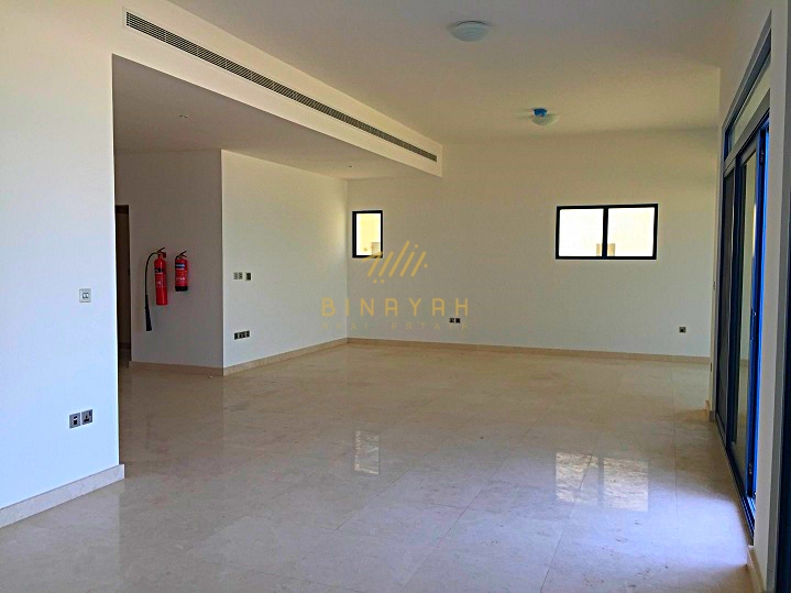 5 Bedroom seafront villa on Palm Jumeirah